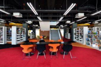 2-stories School Library